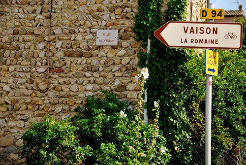 En route to Vaison la Romaine (c) Kristin Espinasse