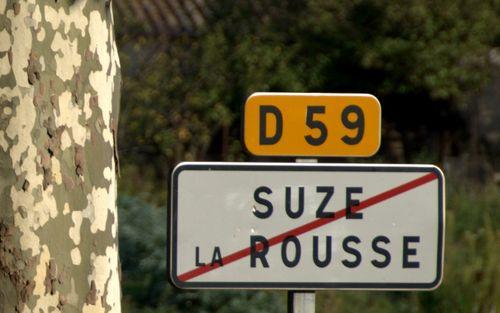 Suze la Rousse, milemarker, road sign, Drome, France, D59 (c) Kristin Espinasse