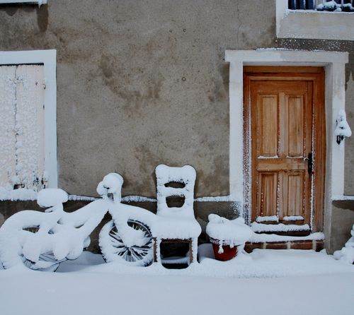 Snow in Provence (c) Kristin Espinasse