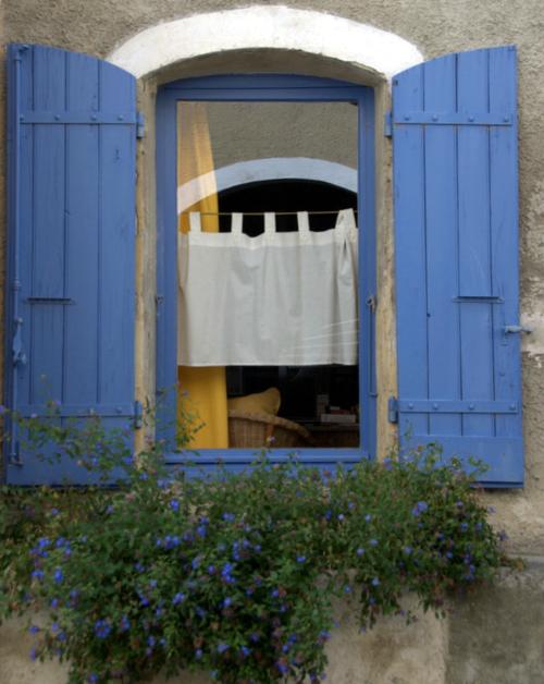 A view in Villedieu (c) Kristin Espinasse