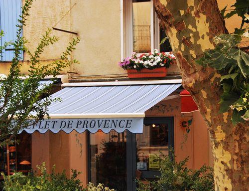 Reflet de Provence, shop in Nyons (c) Kristin Espinasse