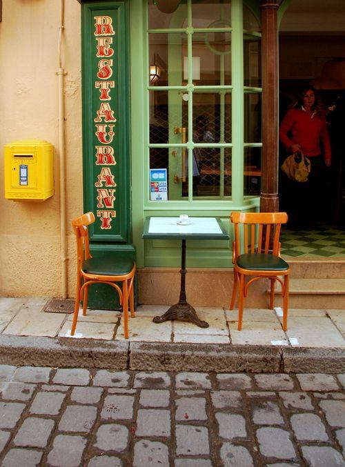 municipal mailbox (c) Kristin Espinasse boîte à lettres municipale