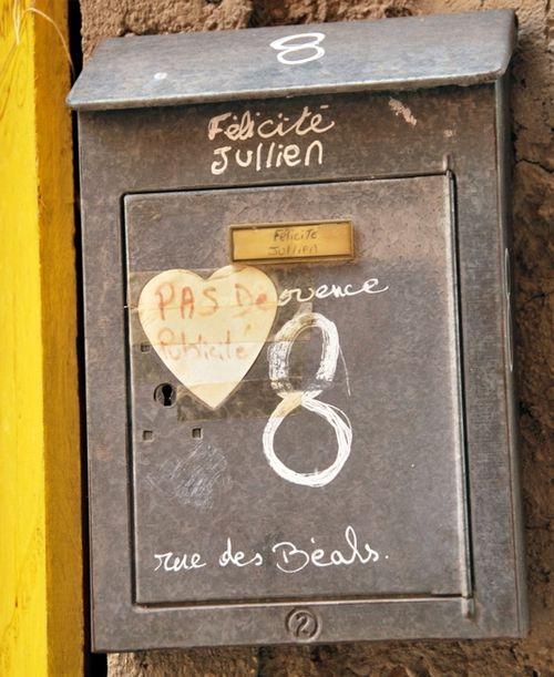 French mailbox (c) Kristin Espinasse boite aux lettres