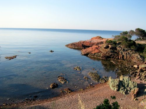 littoral or coastline near Agay (c) Kristin Espinasse