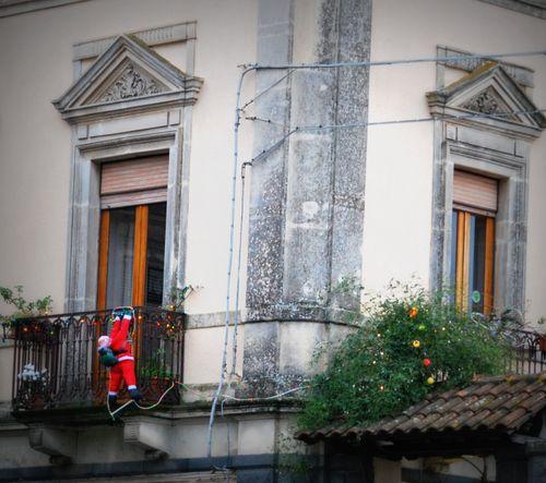 Hang on Santa! (c) Kristin Espinasse