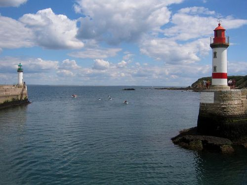 Lighthouses in Brittany (c) Kristin Espinasse