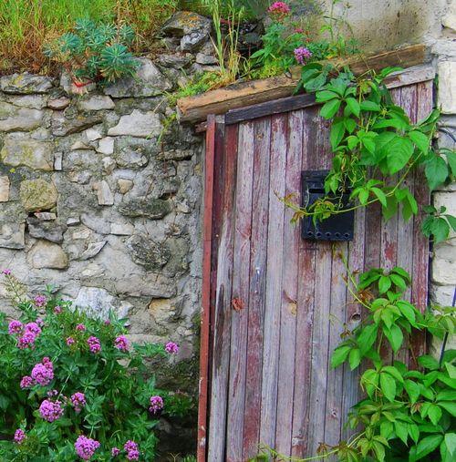 hidden mailbox (c) Kristin Espinasse boite à lettres caché