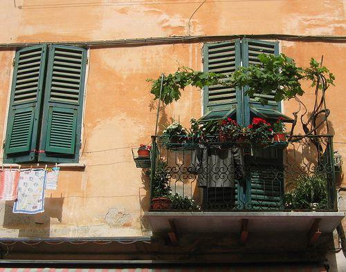 Italian gardening (c) Kristin Espinasse