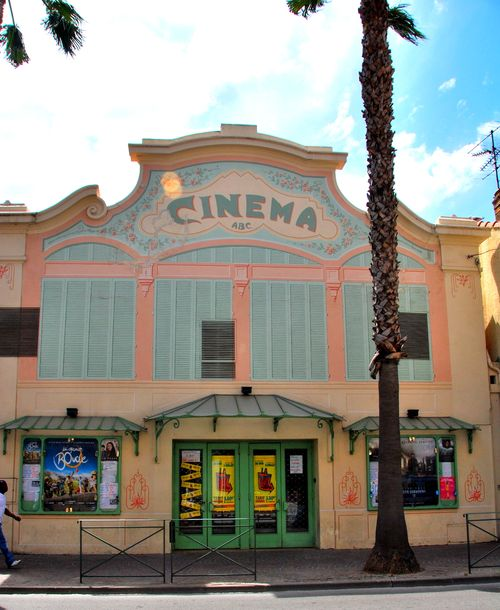 Cinema or movie theater in Sanary sur mer (c) Kristin Espinasse