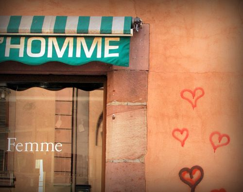 Homme (et) Femme: the writing is on the wall in Alsace (c) Kristin Espinasse