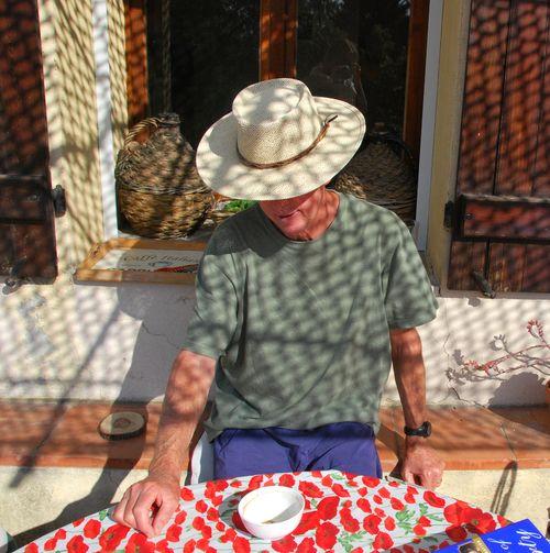 Dad in straw hat (c) Kristin Espinasse