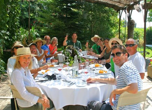 Lunch in Provence. Schedule a vineyard tour with Jean-Marc. Join us in Chateauneuf or another Provence vineyard town (c) Kristin Espinasse, french-word-a-day.com