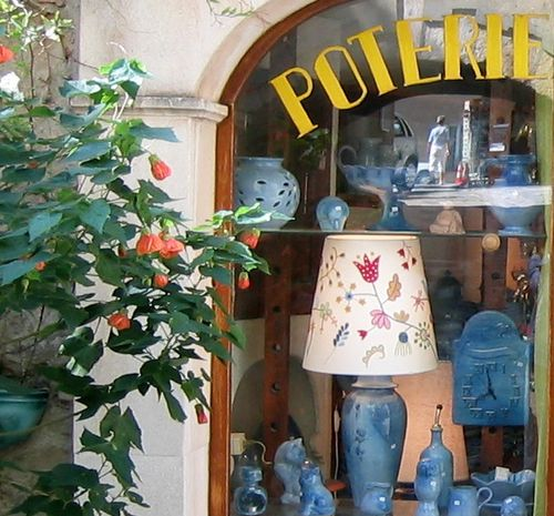 Pottery in Grimaud, France (c) Kristin Espinasse, French-Word-A-Day.com