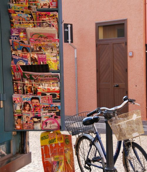 The island of Sardinia, Italy (c) Kristin Espinasse, french-word-a-day.com