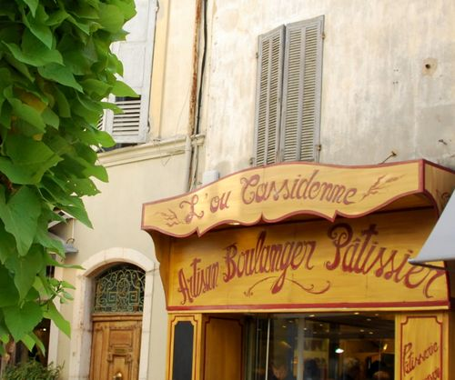 Cassis, France, L'ou Cassidenne, baker, boulangerie www.french-word-a-day.com (c) Kristin Espinasse