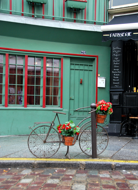 Near Shakespeare and Company bookshop