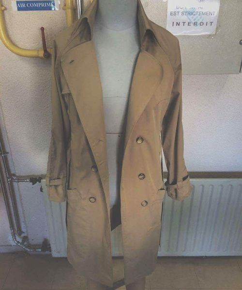 Jackies-trenchcoat