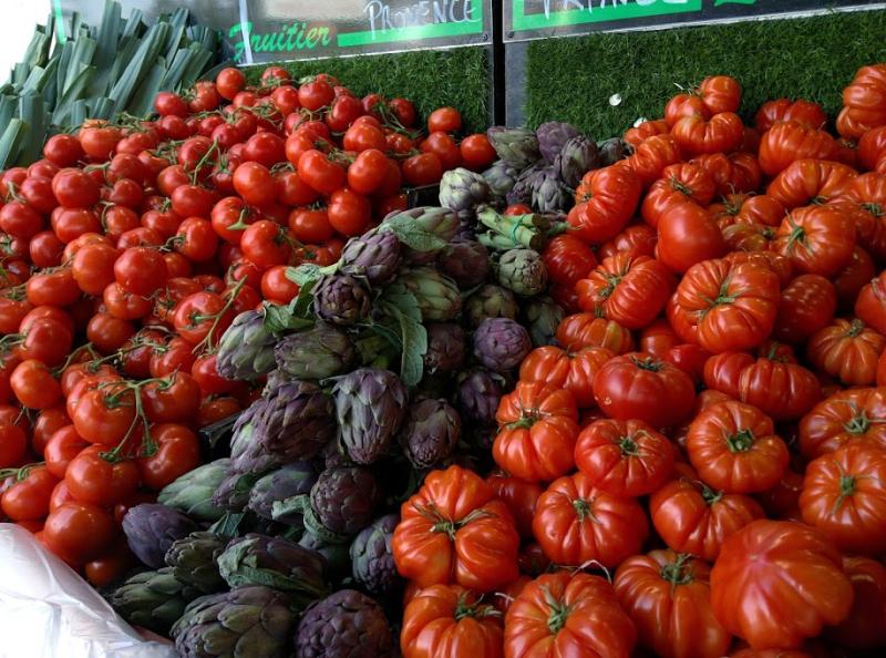 Tomatoes artichokes farmers market maraichere