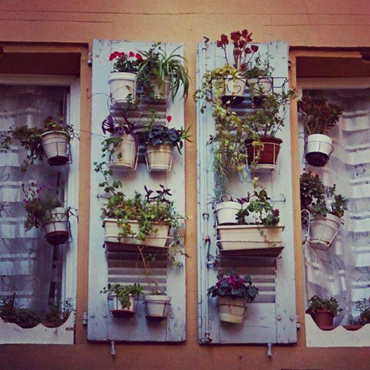 Aix-window