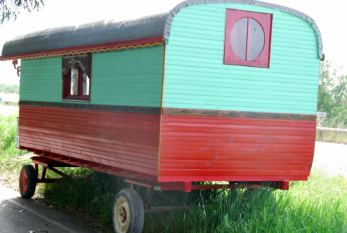 roulotte gypsy trailer caravan wheels france tiny home