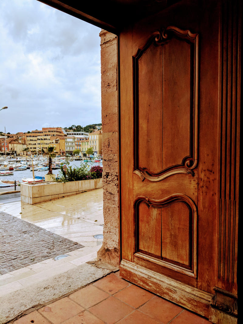 Church door la ciotat France notre dame de l assomption vieux port boats