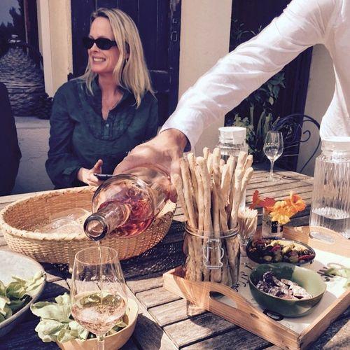 Kristi-at-winetasting