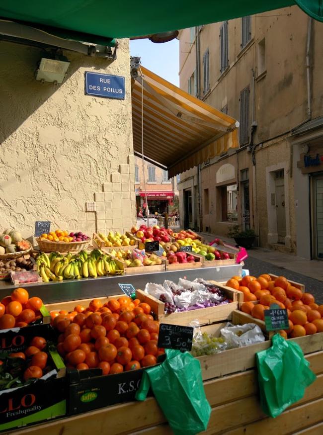 Maraicher-market-produce-seller-la-ciotat