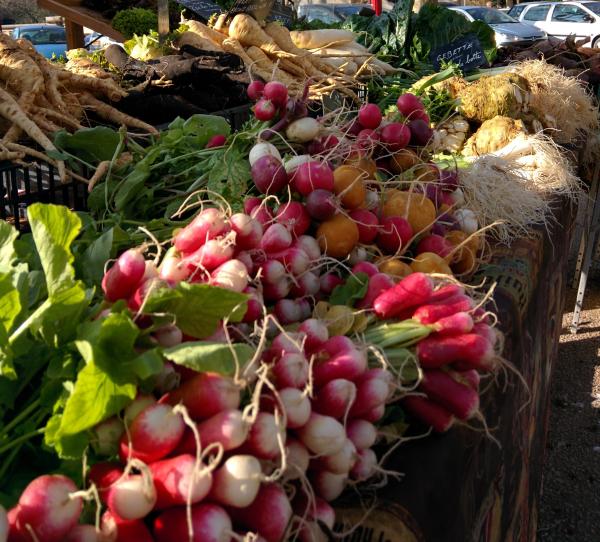 Farmers market france maraichere maraicher produce marche