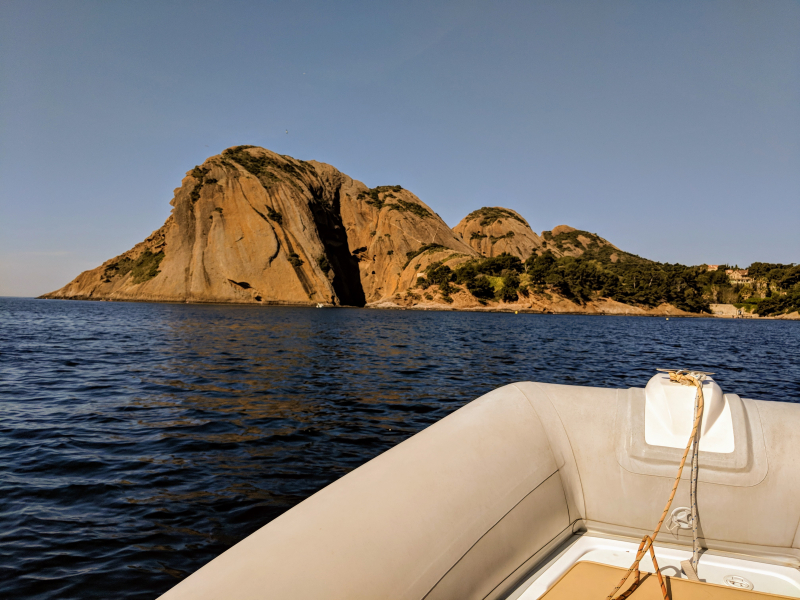 Boat ride coast near calanque de figuerolles la ciotat cassis