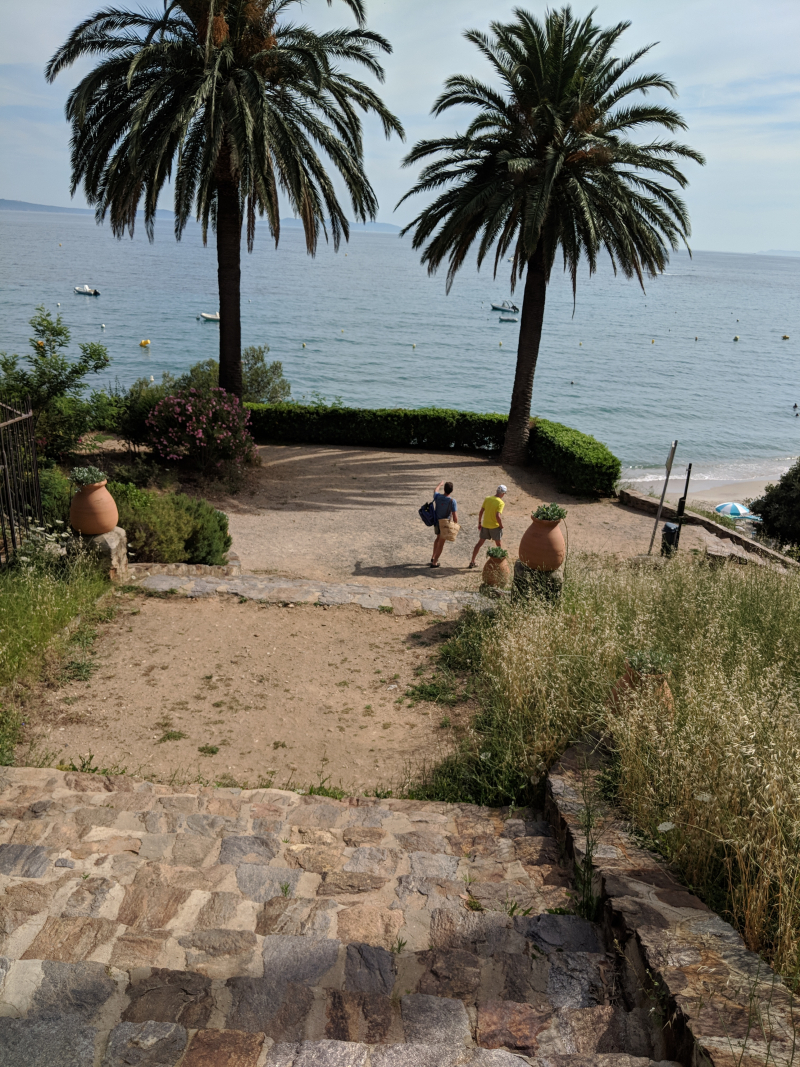 Rayol-candadel-sur-mer palm trees stairs to the sea