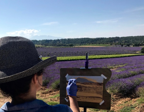 Beth painting tour in provence