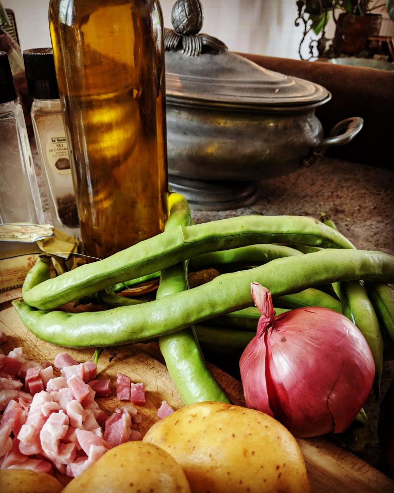 Ragout provencal stew fava beans feve