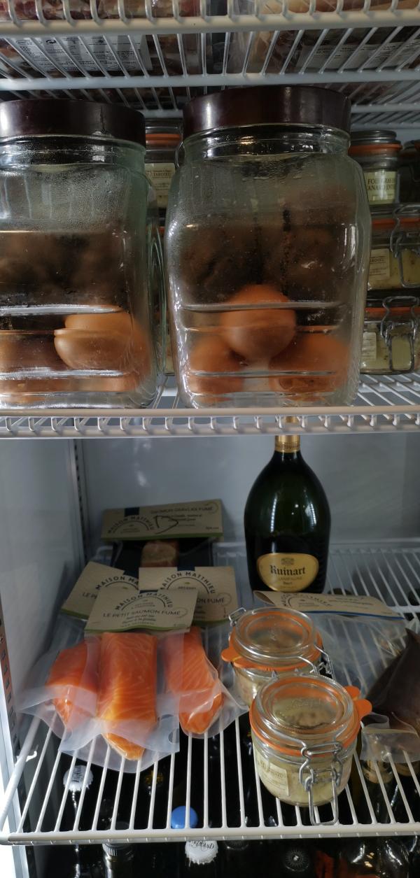 Truffles eggs foie gras le vin sobre