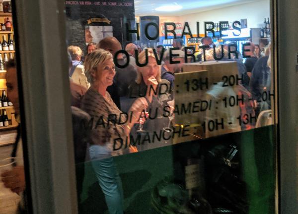 Inauguration window shop hours le vin sobre jean-marc espinasse la ciotat