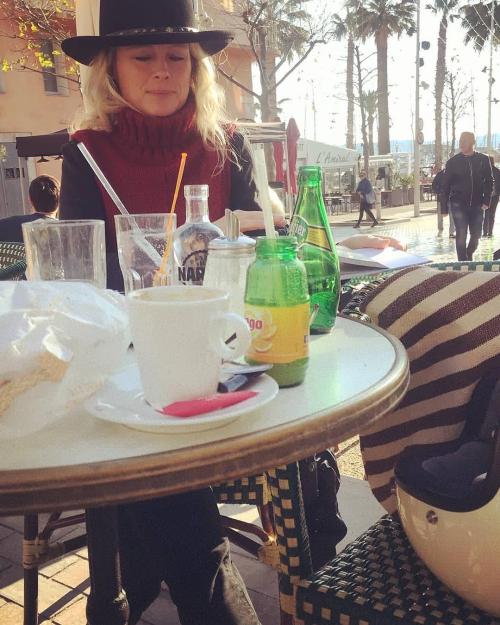 Kristin espinasse bandol cafe narval