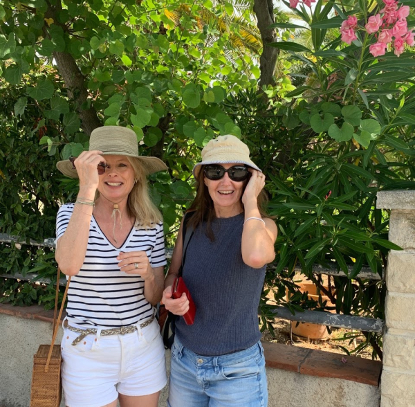 Kristi espinasse and catherine berry la ciotat