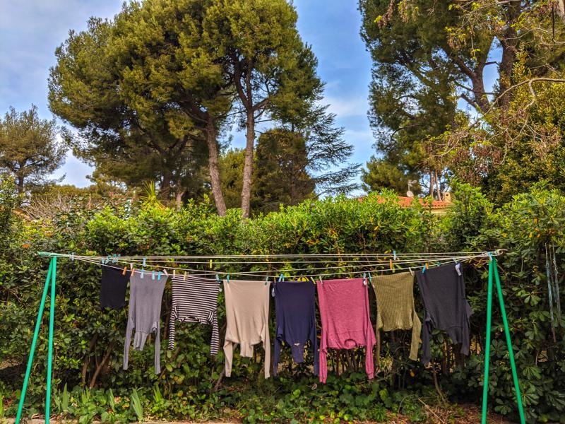 Surrender clothesline france