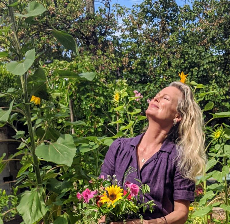 Kristin espinasse garden bouquet