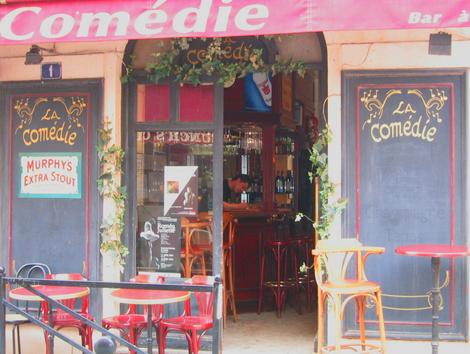 Comedy Wine Bar in Cannes (c) Kristin Espinasse