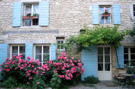 House in Saignon (c) Kristin Espinasse