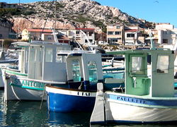 Provencal Les Pointus = Fishing boats (c) Kristin Espinasse
