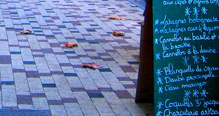Sidewalk / Trottoir restaurant chalk board menu, France, brick path (c) Kristin Espinasse, www.french-word-a-day.com